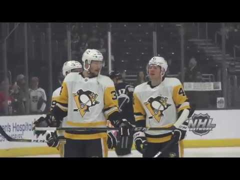 Penguins Defeat the L A  Kings