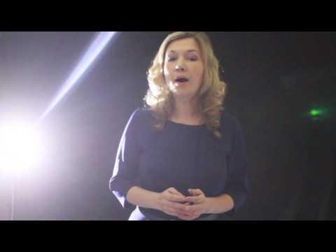 Открытый микрофон  Стихи о войне  Читают Татьяна и Диана Нюхловы
