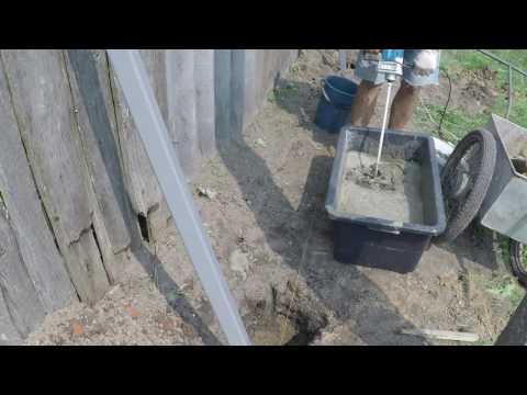 Как правильно сделать раствор для заливки столбов