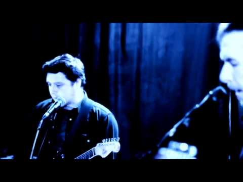 Eeves - At Our Most Divine (Live at the Garage)