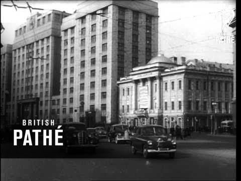 Moscow Scenes (1952)