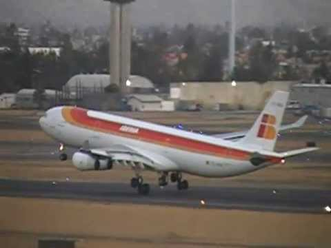 AWESOME AIRBUS 340 IBERIA AFTER 11 HOURS FINALLY LAND AT MEXICO CITY...