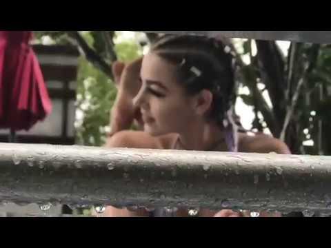 HOT from MIAMI: BTS photoshoot w/Eveline Stone, Anais Zanotti, and more...