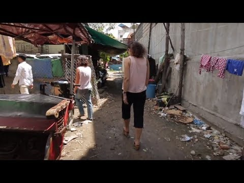 Stories from the Slums in Cambodia – Helping slum-living women into business
