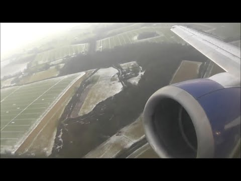 Blue Air Boeing 737-430 | London Luton to Bucharest Otopeni *Full Flight*