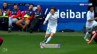Amazing skill nutmeg luca modric ● Eibar vs Real Madrid