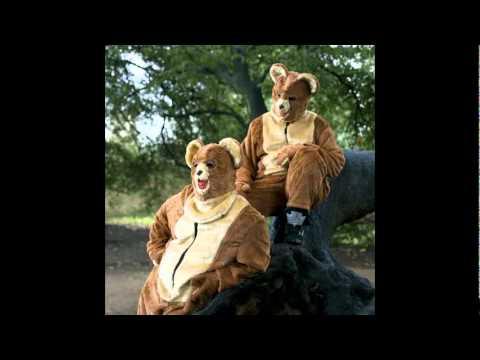 Bear Hug - The 2 Bears
