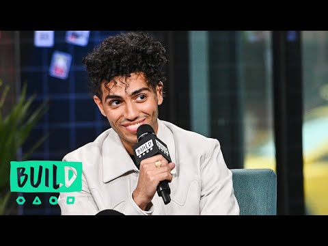 Mena Massoud Was So Starstruck By Will Smith That He Forgot To Introduce Himself