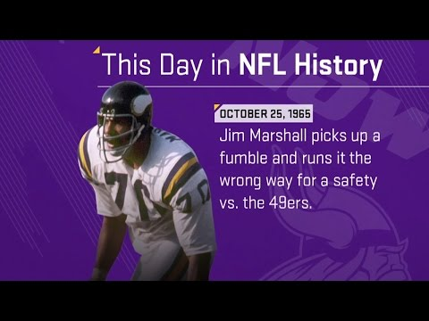 Jim Marshall's Wrong Way Run | This Day In NFL History (10/25/65)