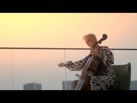 Смотреть клип Tijana Dapčević - Nikad Nisam
