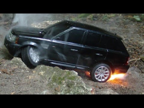 RC Range Rover Off Road Burnout Ends In Flames
