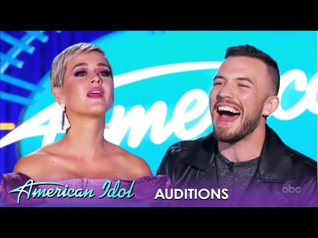 Ryan Hammond: Son Of Preacher Finds His Voice After Losing 170 Pounds! | American Idol 2019