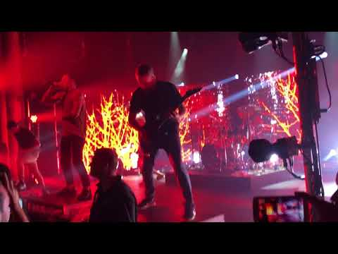Parkway Drive - Carrion (Live in Brisbane 2018)