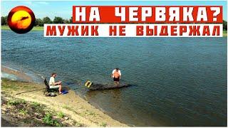 Рыбалка как музыка для души Один на реке полной рыбы