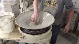 8 10 pound platter bowl 21 inches wide