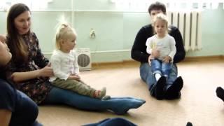 Дети в восторге, музыка для детей, игры с родителями на уроке
