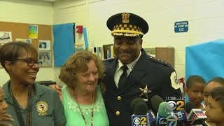 Chicago Police Supt. Eddie Johnson paid a surprise visit to his 6th...