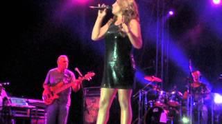 Helena Paparizou - Pirotehnimata & Stin Kardia Mou Mono Thlipsi (Live Plai Sto Kima 27/7/2013)