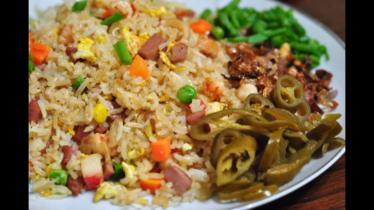 Special yang chow fried rice yang zhou chao fan with shrimp special yang chow fried rice yang zhou chao fan with shrimp recipesaresimple youtube ccuart Images