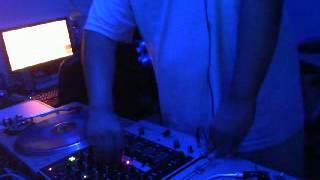 Old School Techno Mix / 10 Min Mix