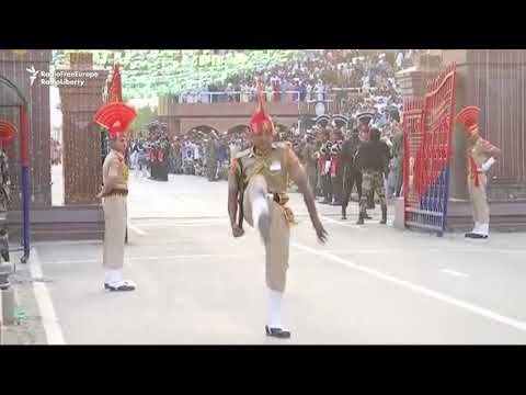 India, Pakistan Mark Independence With Border Ceremony