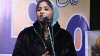 All India Mushaira 2011 Nikhat Amrohi Part 3.wmv