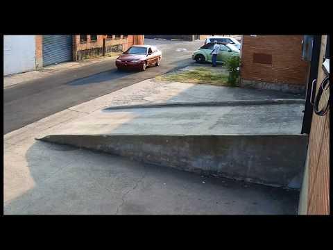 Sneaky Dallas car burgler & his girlfriend