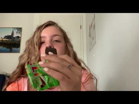 VLOG #8    Trying candy from Czech