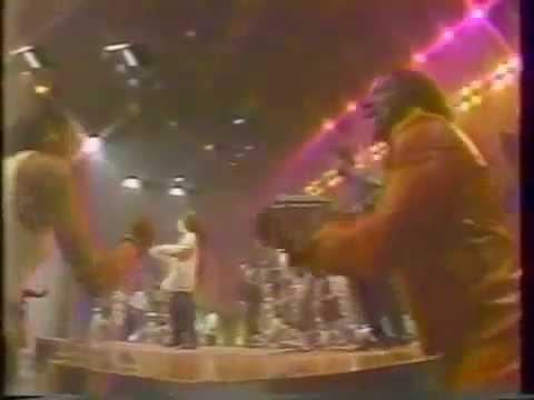 Soul Train 87' Performance - Robbie Nevil - C'est La Vie! mp3