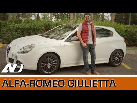 Alfa Romeo Giulietta   Mereces una cita con un auto como este