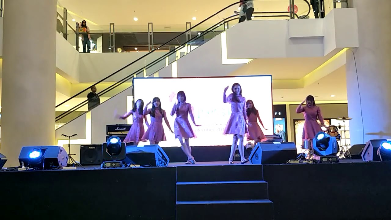 Gfriend Time For The Moon Night At Pentacity Balikpapan Cover By