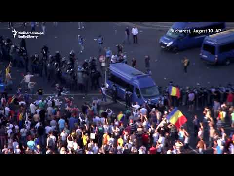 Thousands Of Romanians Protest Against Government In Bucharest