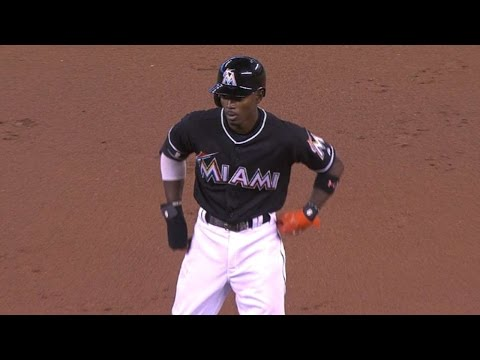 PHI@MIA: Gordon Does It All With Bat, Speed And Glove