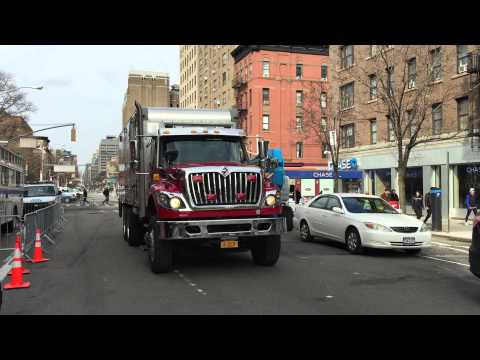 RARE 1ST CATCH OF THE FDNY RESCUE OPERATIONS LOGISTICS TRUCK RESPONDING MODIFIED TO SITE OF 7 ALARM.