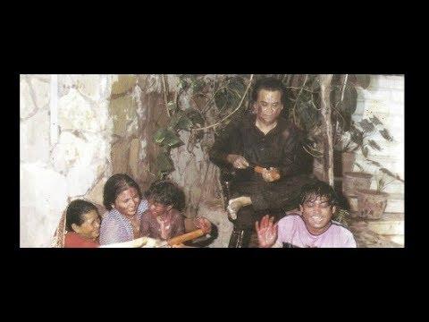 Mal De Gulaal Mohe Aai Holi Aai Re | Kishore, Lata | Kaamchor | Rajesh Roshan | Indeevar