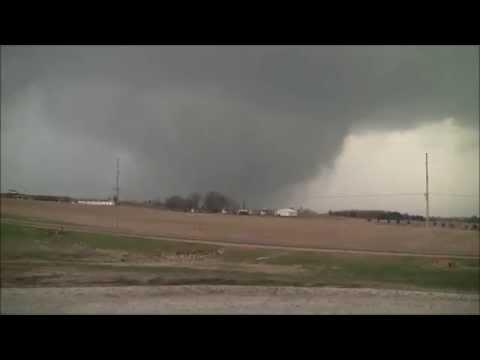 Clinton County Iowa Tornado - 04.09.15