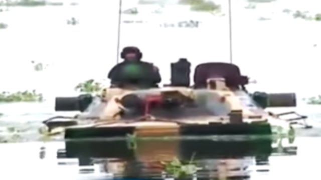 'Megh Prahar': Indian Army's Modern Hi-Tech Tanks T-90 Swim in River