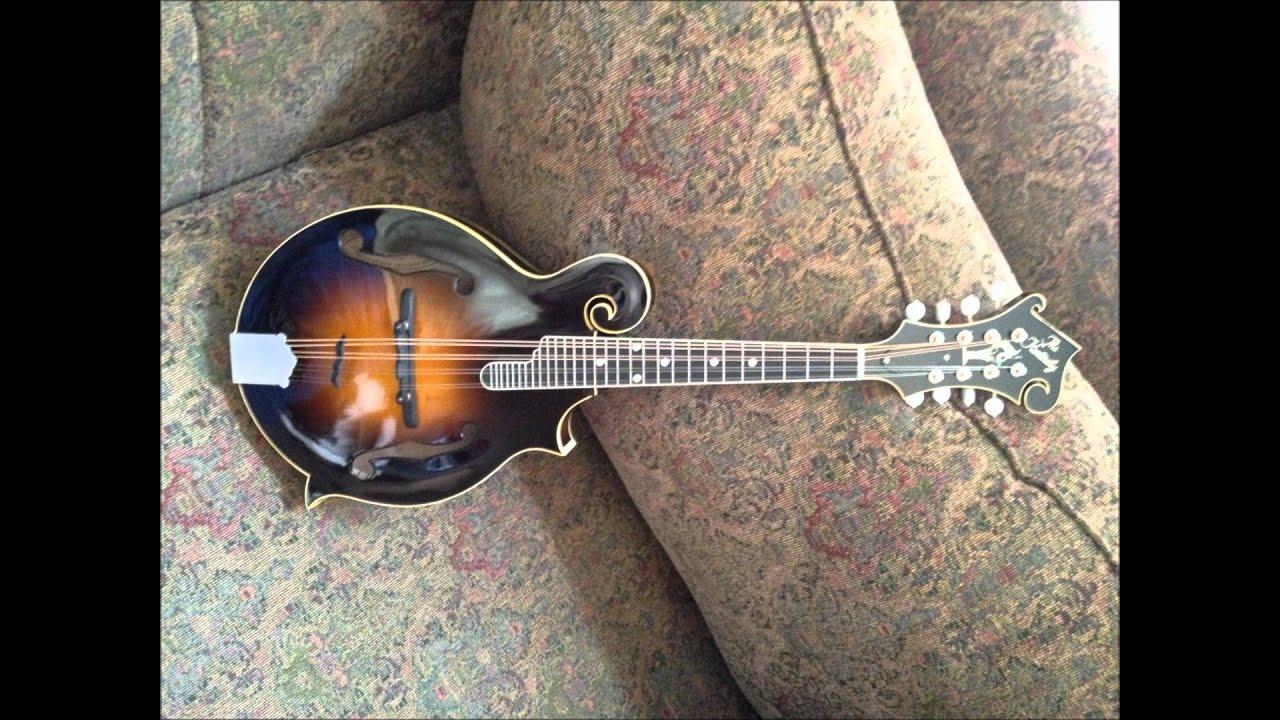Kentucky KM-1000V mandolin