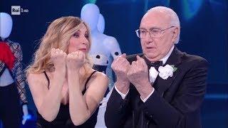 Lorella Cuccarini omaggia Pippo - Buon compleanno... Pippo 07/06/2019