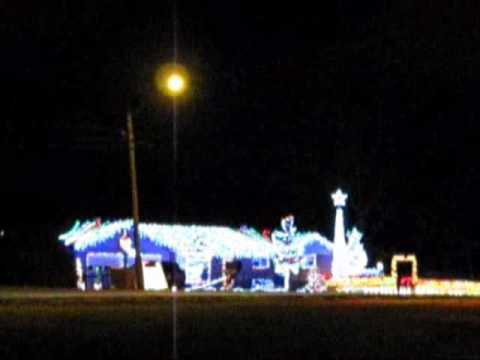 Crazy Christmas Lights House W. Music   Cleveland TN
