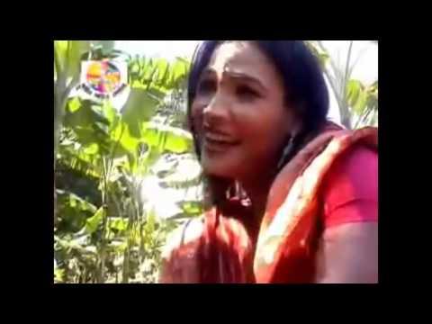 AKS 77 Miss liton bangla Folk song Oi pare bondhur bari 1280x720 iPod touch 5