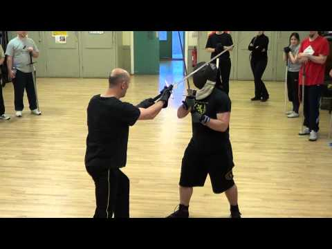 Longsword close fighting and how movies get it wrong