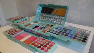 Claire's Metallic Mint Green Mega Make Up Cosmetic Set