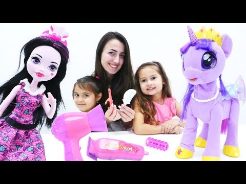 My Little Pony ve Monster High güzellik salonunda