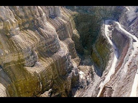 كيف بنى ذو القرنين السد على ياجوج ومأجوج Youtube