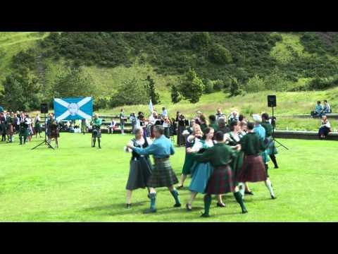 Scottish folk dance: McLeod's Fancy set