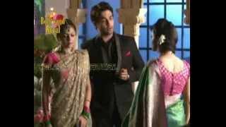 On location of TV Serial 'Madhubala'  Deepali confronts RK