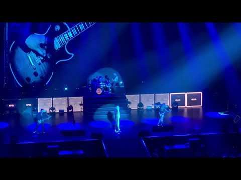 Def Leppard - Let It Go - Live in Tokyo at Budokan 10/24/18