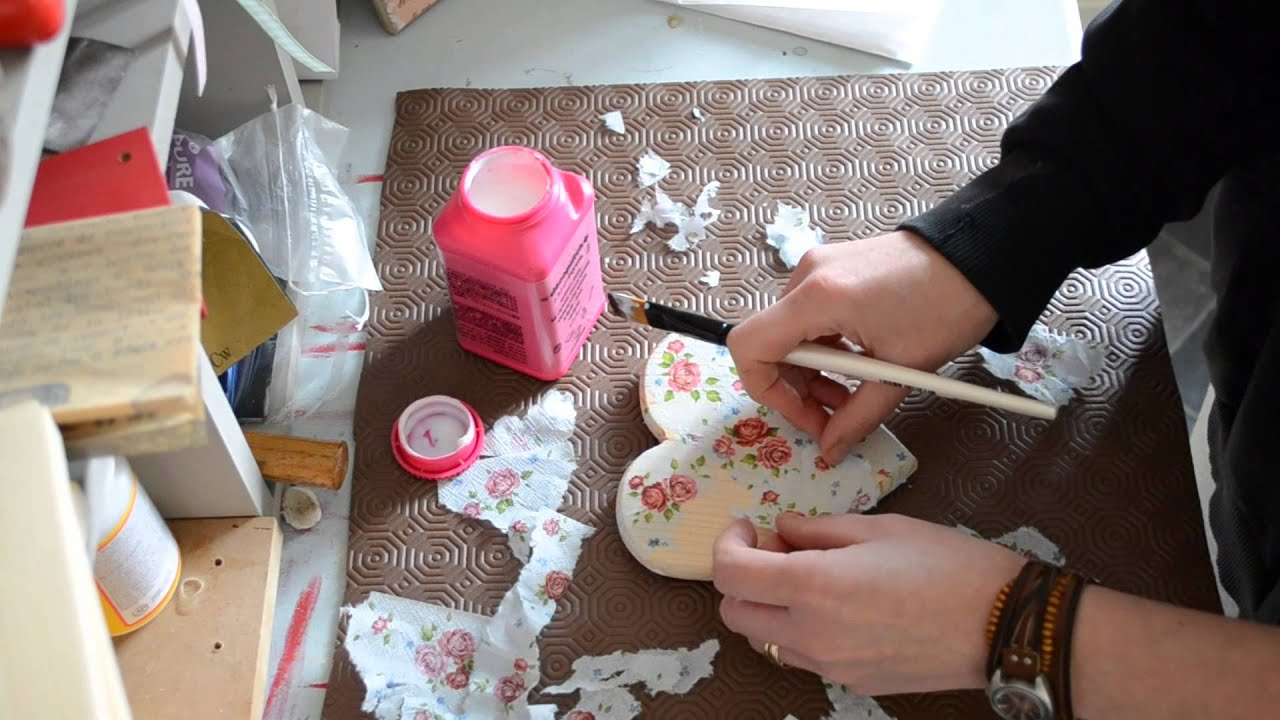 How To Decoupage A Wooden Heart With Napkins Youtube