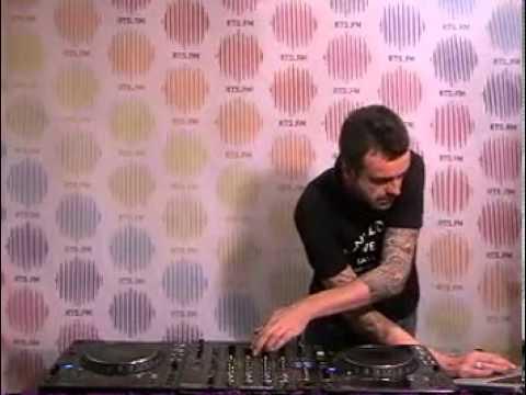 20:00:00 - Funk D Void @ RTS.FM SPB Studio - 27.02.2010: DJ Set